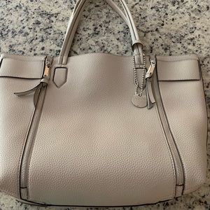 Steve Madden Large Tote w/attached large pocket